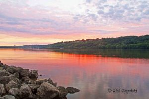 Mississippi river photo by Rich Bugalski